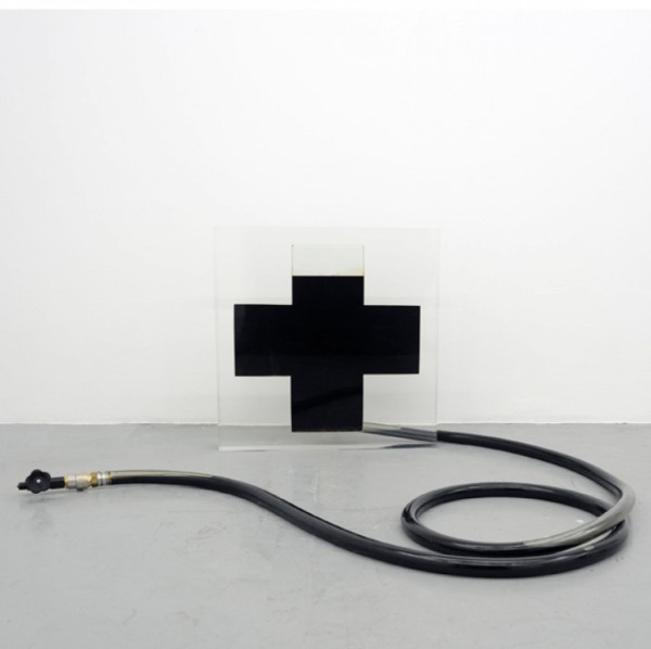 almine-rech-gallery-untitled-after-malevitch---cross-am0010jpg